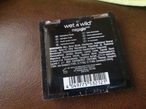 Wet n Wild Megaglo Highlighting Powder Review - Precious Petals 2